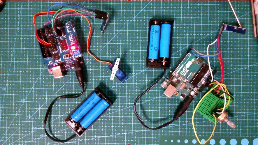 基于Arduino的电位器无线控制舵机实验(2.4G透传模块、舵机、电位器)